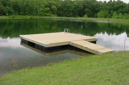 Floating-wood-dock